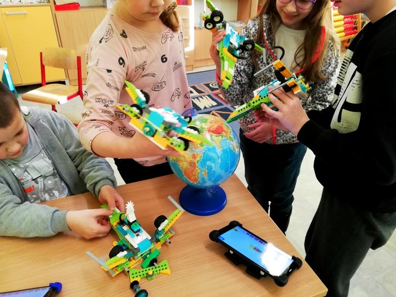 Robotyka z klockami Lego eksperymenty zabawa i nauka
